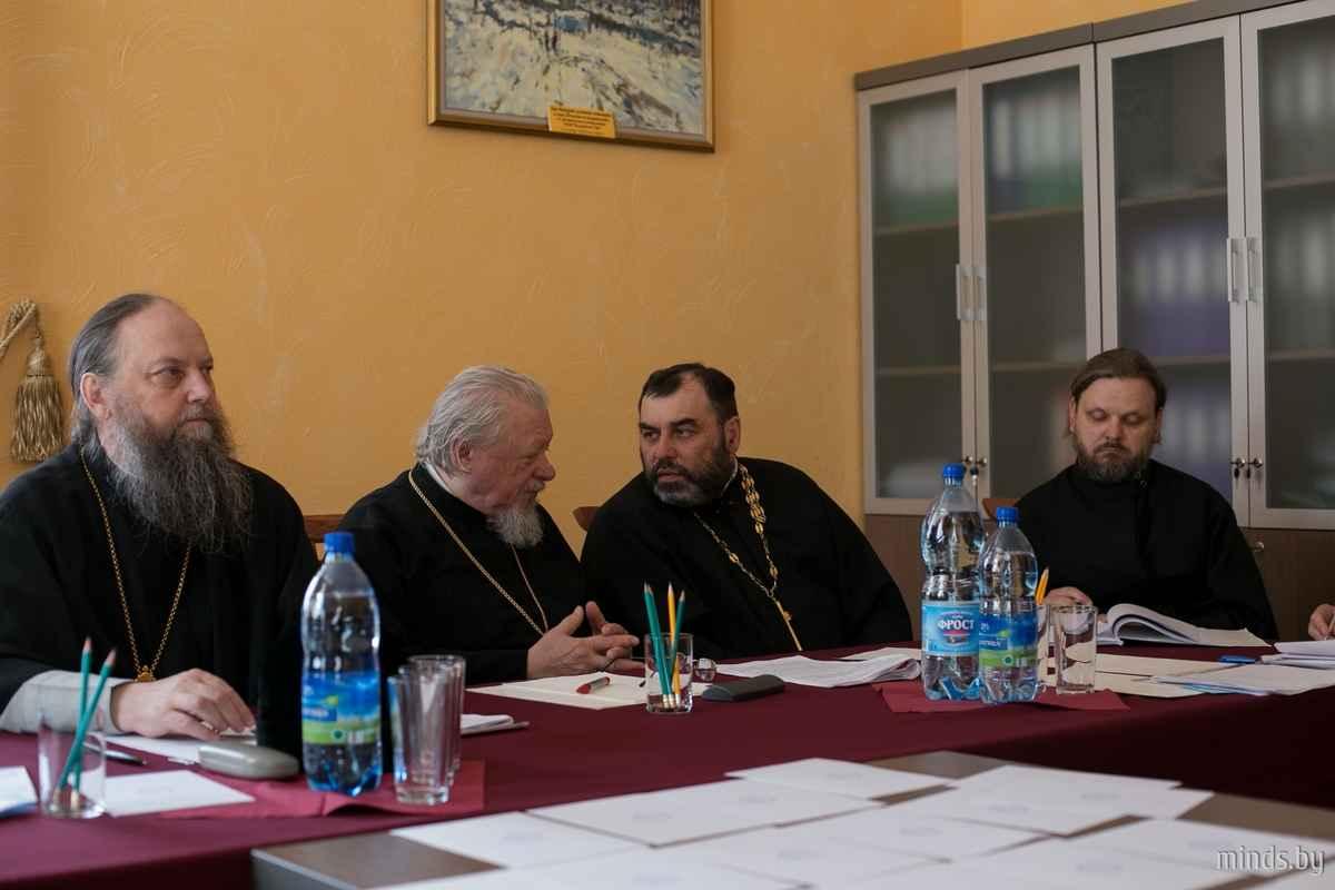 В Минской духовной семинарии состоялась защита дипломных работ   1481